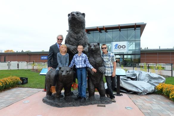 bob williams with grandchildren