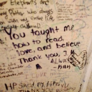 Love letters to J.K. Rowling on the walls of The Elephant House.