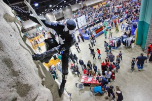 comic_con_4_spidey_wall_climbing