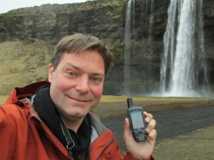 Jacques, geocaching in Iceland.